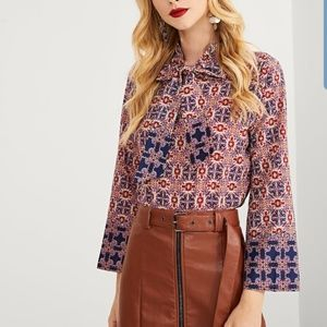 2/$30 NWOT Shein Bell Sleeve Blouse